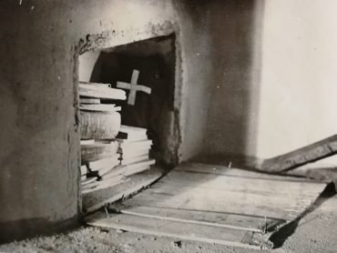 Photographic Incrimination, Religious Justification: Visual evidence of religious criminality in the Secret Police Archives in 20th Century Moldova